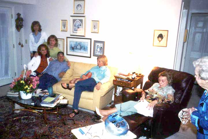 Beth, Lynda, Janet and Wayne planning the memorial service in Miki's living room with Verna, Ruth Murphy and Rich's assistance.